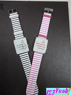 Ảnh số 49: Đồng hồ đeo tay Mickey DHTT3 - Giá: 120.000