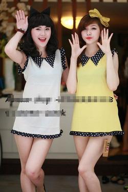 Ảnh số 15: váy xuông cổ và tay viền chấm bi còn màu vàng - Giá: 150.000