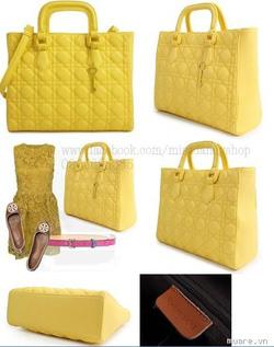 Ảnh số 7: Túi HAPPY LANE dáng lady 1 màu vàng mát mẻ cho mùa hè - Giá: 680.000