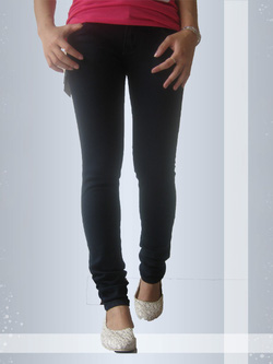 Ảnh số 26: Jeans nữ - Giá: 180.000