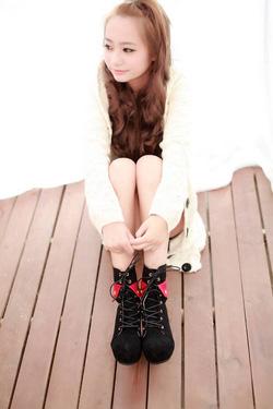 Ảnh số 21: Giày boot nữ GNU - 14 - Giá: 365.000