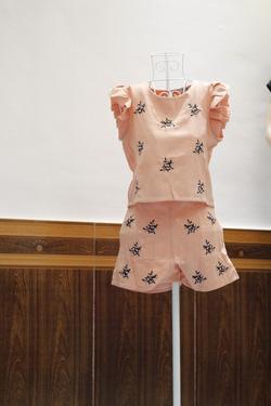 Ảnh số 5: Bộ áo crop, quần cạp cao - Giá: 310.000