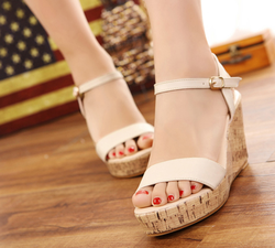 Ảnh số 12: Sandal ( có sẵn size 34,35) - Giá: 370.000