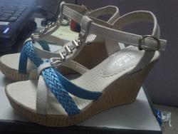 Ảnh số 97: sandal xuồng size 36 - Giá: 220.000