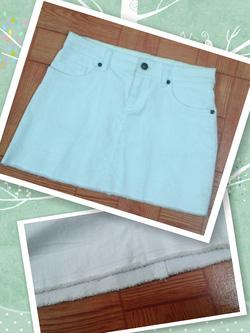 Ảnh số 25: sale Mini jupe vải jean trắng, xé gấu - Giá: 150.000