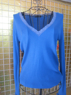 Ảnh số 16: Áo len màu xanh nước biển (màu đậm hơn hình) - 50k - Giá: 50.000