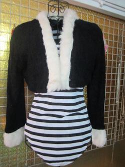 Ảnh số 88: Áo khoác lửng dạ xù, pha lông - 100k - Giá: 100.000