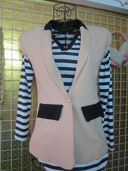 Ảnh số 57: Áo vest tay bồng, có thể mặc mùa hè, mặc kèm áo ống, nhìn rất chơi - 250k - Giá: 250.000