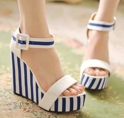 Ảnh số 6: sandal xuồng( có sẵn size 34,35) - Giá: 360.000