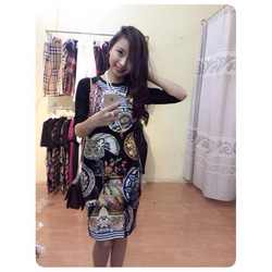 Ảnh số 5: Váy hoa ôm Channel - Giá: 375.000