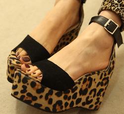 Ảnh số 98: sandal xuồng - Giá: 410.000