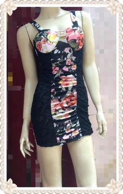Ảnh số 46: Váy cúp ngực hai dây, hoạt tiết hoa, hai bên ren chun, đính đá ngực. Chất mặc cực thích, sexy - 190k - Giá: 190.000
