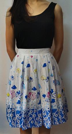 Ảnh số 48: Chân váy hoa vải thô, 2 lớp, 2 túi hông - Giá: 250.000