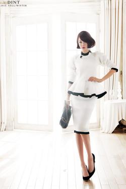Ảnh số 5: Váy Liền Cao Cấp - OVY14910 - Giá: 4.900.000