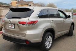 Ảnh số 15: Toyota Highlander 2014 - Giá: 2.280.000.000