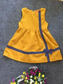 Ảnh số 69: Váy dạ chữ thập - Giá: 10.000