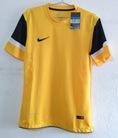 Áo bóng đá F1 Thái Lan dáng áo body chuẩn chất vải thoáng mát đặt cho đội bóng số lượng lớn nhiều ưu đãi