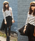 FB, Instagram: Tfloral store: Áo pull thiết kế cực xinh xắn