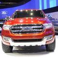 Ford Long Biên Everest tái xuất thị trường.