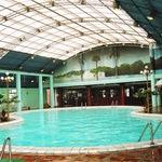 Bể bơi nước nóng trong nhà chỉ 70K cho mùa đông ấm áp