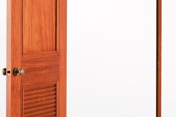 Cửa gỗ gõ đỏ, Nội thất cửa gỗ gõ đỏ