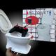 Thùng Rác Toilet Điều Khiển Từ Xa rất độc đáo và thú vị tạ.